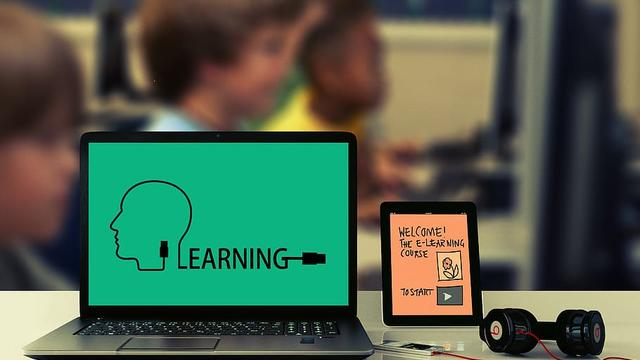 E-learning begins for Ontario students amid COVID-19 school closures
